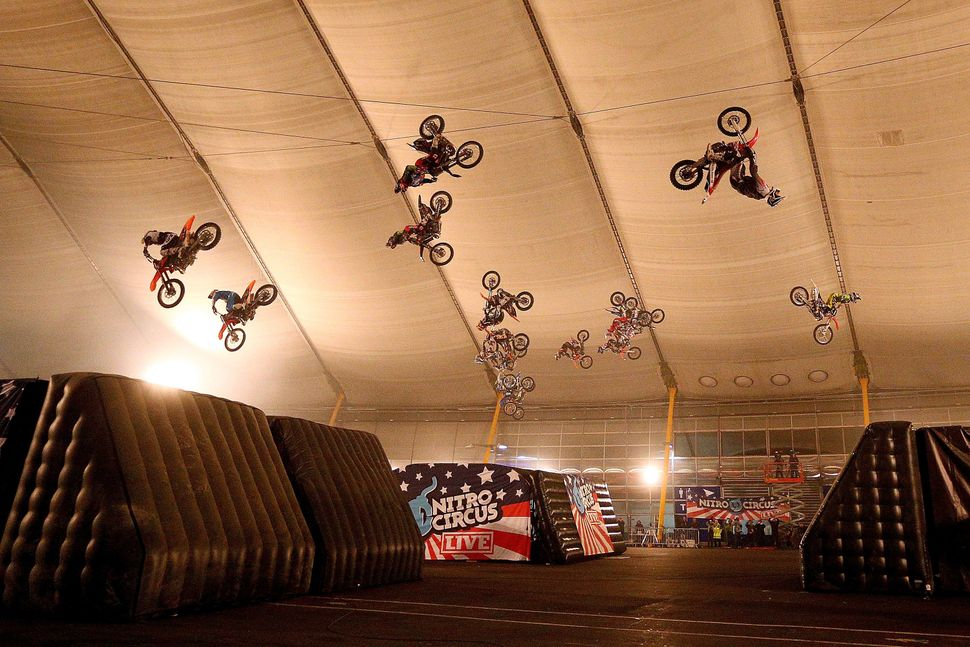 To launch the release of <em>Nitro Circus: The Movie</em>, action-sport collective Nitro Circus set a Guinness World Record w