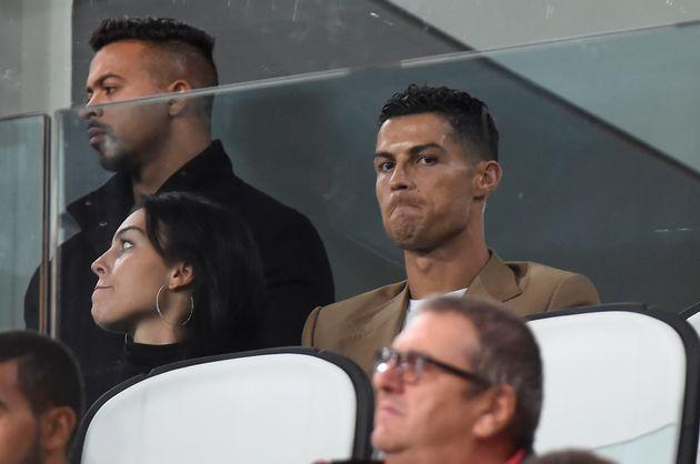 Ronaldo accusé de viol: la Juventus perd 5% à la Bourse de