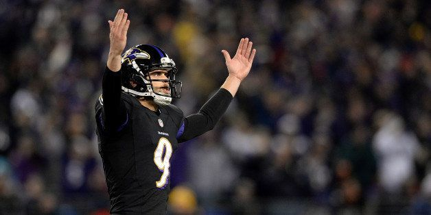 BALTIMORE, MD - NOVEMBER 28:  Justin Tucker #9 of the Baltimore Ravens celebrates after making a field goal in the fourth qua