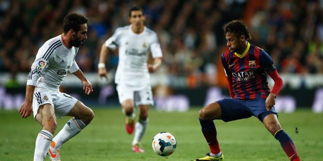 MADRID, SPAIN - MARCH 23:  Daniel Carvajal of Real Madrid closes down Neymar of Barcelona during the La Liga match between Re