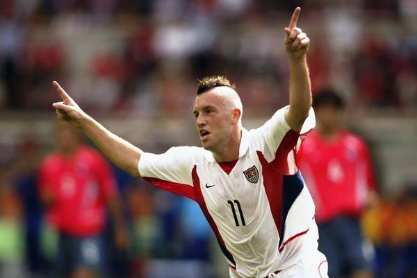 DAEGU - JUNE 10:  Clint Mathis of the USA celebrates scoring the opening goal during the FIFA World Cup Finals 2002 Group D m