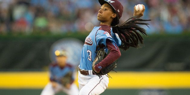 WILLIAMSPORT, PA - AUGUST 20:  Starting pitcher Mo'ne Davis #3 of Pennsylvania pitches during the 2014 Little League World Se