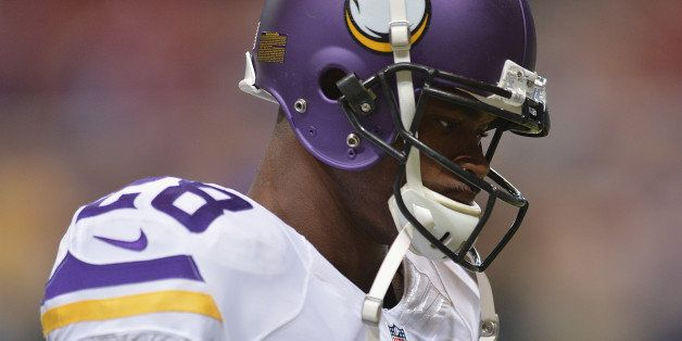 ST. LOUIS, MO - SEPTEMBER 7: Adrian Peterson #28 of the Minnesota Vikings warms up prior to a game against the St. Louis Rams