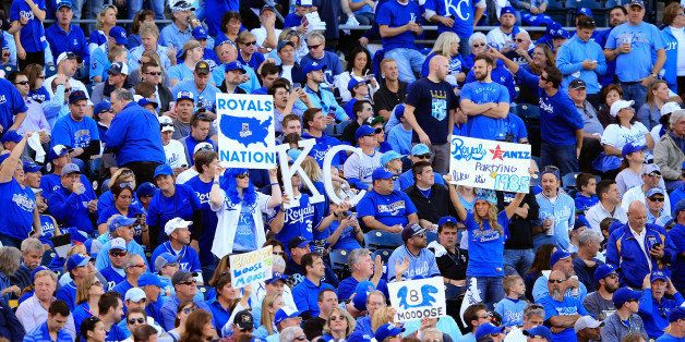 KANSAS CITY, MO - OCTOBER 15:  Kansas City Royals fans cheer during Game Four of the American League Championship Series agai