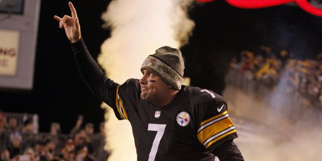 PITTSBURGH, PA - NOVEMBER 02:  Ben Roethlisberger #7 of the Pittsburgh Steelers is introduced before the game against the Bal
