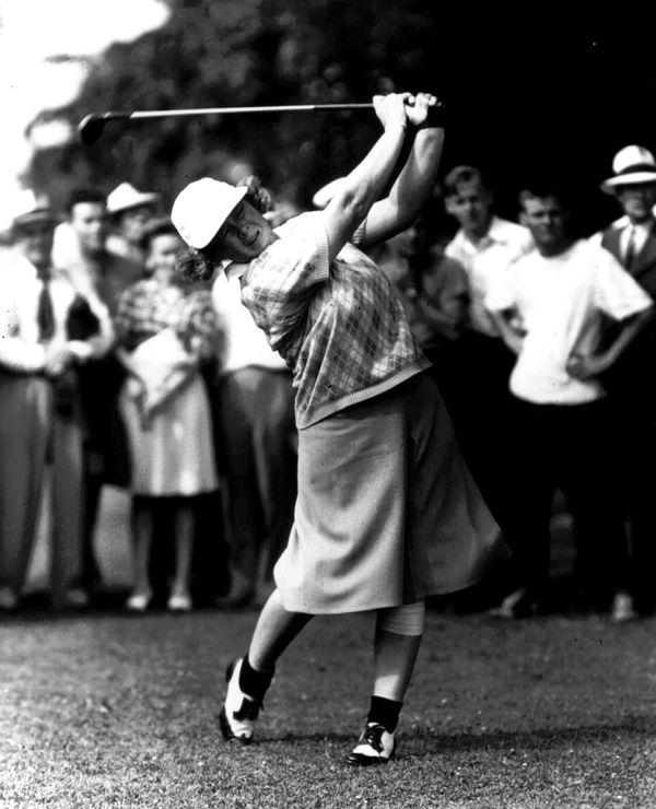 "A <a href=""http://sports.espn.go.com/golf/news/story?id=2581825"" target=""_blank"">golf pioneer</a> who would become the <a hre"