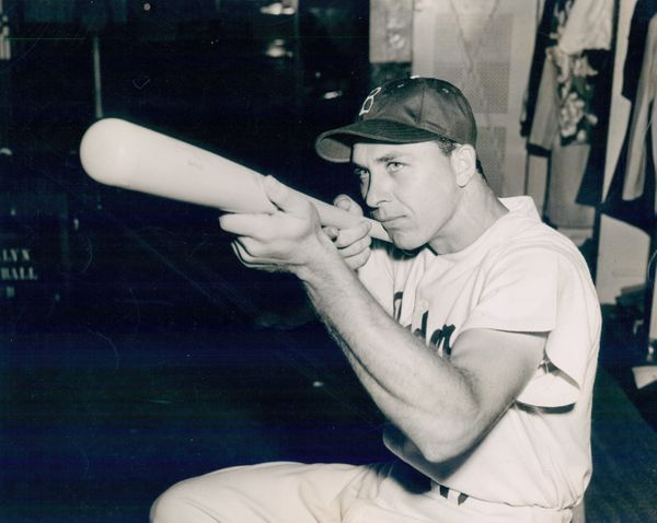Shortly after making his major league debut with the Brooklyn Dodgers on the last day of the 1943 season, Hodges enlisted in