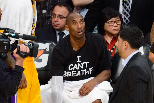 "Kobe Bryant and most of his Los Angeles Lakers teammates became the latest group of NBA players to wear ""I Can't Breathe"" T-s"