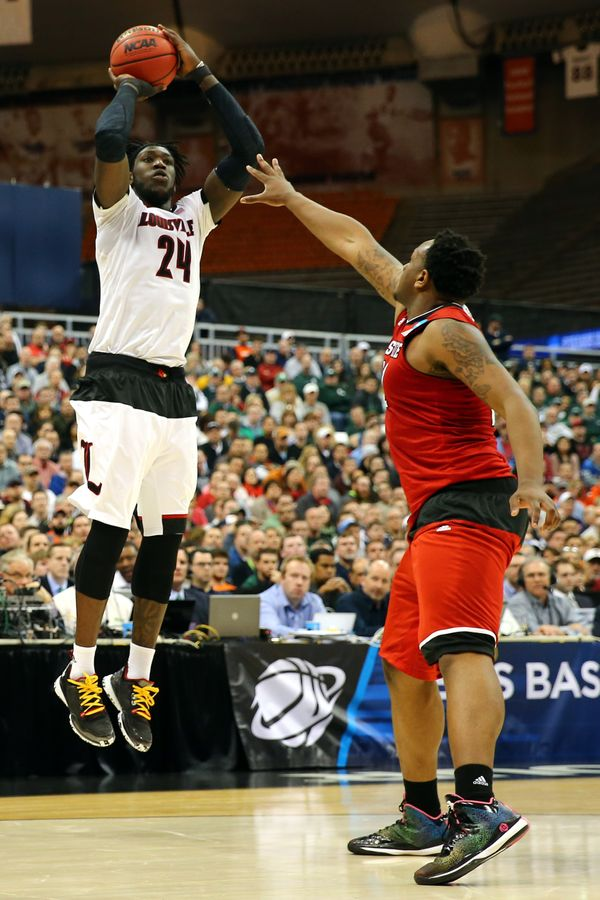 Harrell shot the ball well early as a junior, and then his jumper went awry. He's undersized at 6-foot-8, but Harrell -- with