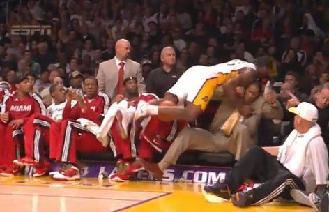 Ron Artest Slams Into Jamaal Magloire On Heat Bench Video