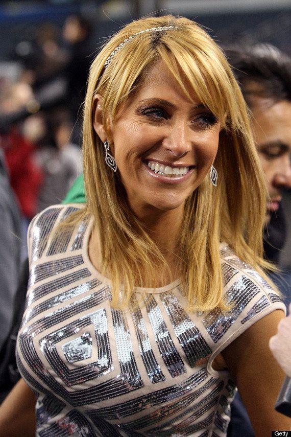 Ines Sainz Returns For Media Day Super Bowl Xlv Photos  Huffpost-7945