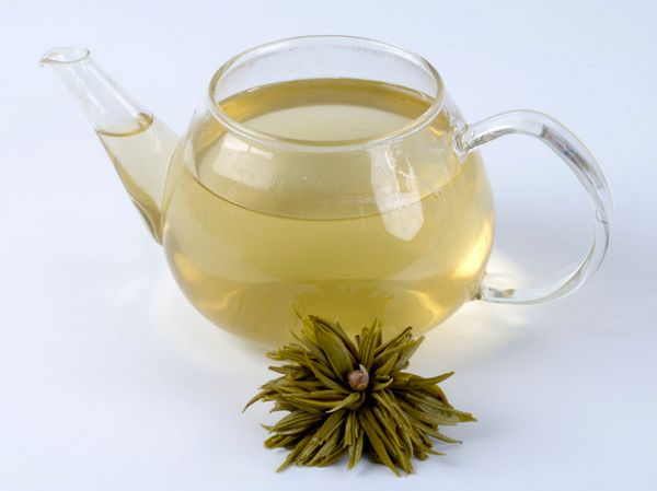 While all tea (black, white, and green) has protective antioxidants, green tea contains the most bang for your sip. It's full