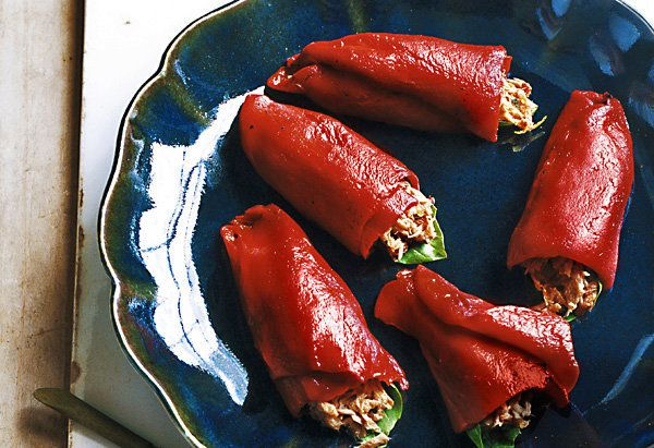 Individual roasted, stuffed peppers look so appealing, but the thought of cleaning peppers, roasting them, removing their ski
