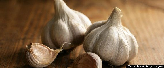 Chances are, if you're making a quick meal, you're starting with minced garlic -- it's one of the fastest ways to deliver fla