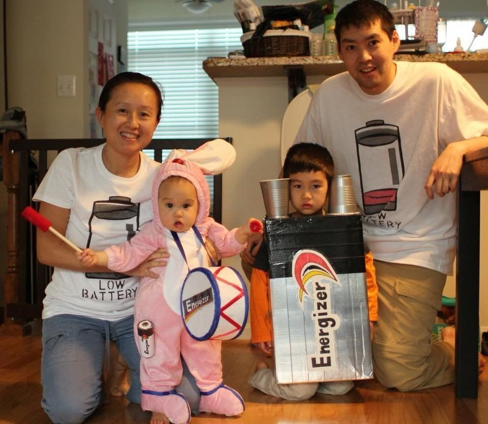 59 Family Halloween Costumes That Are Clever Cool And Extra Cute Huffpost Life