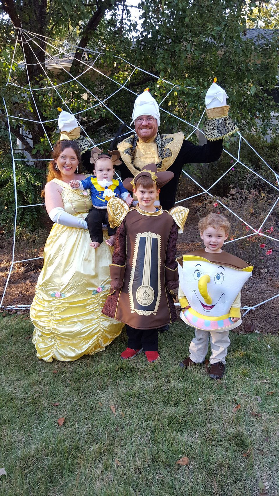 Cute Best Friend Halloween Costumes Funny.59 Family Halloween Costumes That Are Clever Cool And Extra