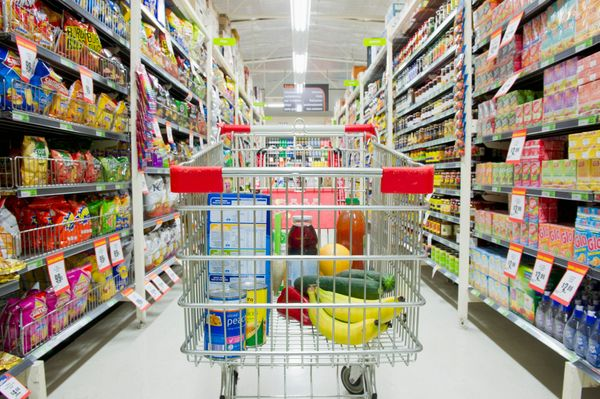 <strong>New rule: </strong>Explore the packaged-foods aisles.   Dulan understands why healthy cooks mainly stick to the groce