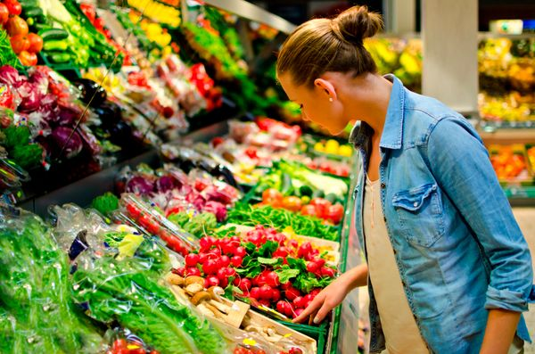 Eating the right amount of fruits and vegetables can give you a healthy, vital glow. A 2012 study in the journal <i>PLoS One<
