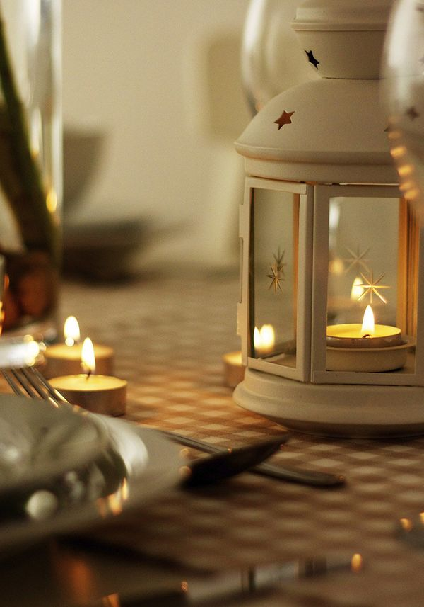 <b>What Should Be on the Outdoor Table: </b>A lantern -- not too big, not too small. When it gets dark, your dinner guests sh