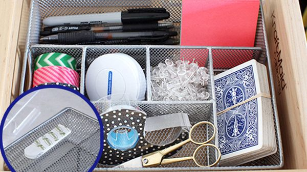 """To keep organizing trays from sliding around inside your drawer, <a href=""""http://iheartorganizing.blogspot.com/2014/02/uheart"""