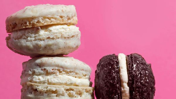 Although French macarons and coconut macaroons both start off with egg whites, that's where the similar-sounding, no-flour-tr