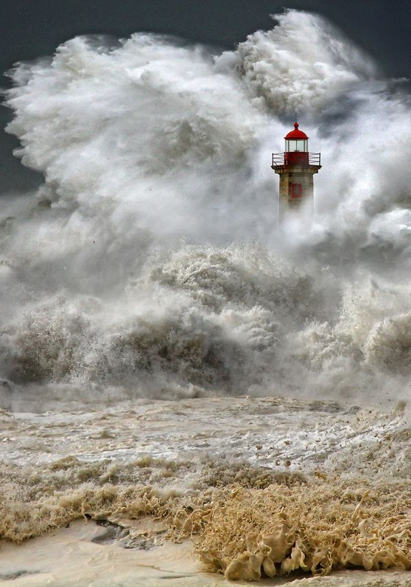 """A huge ocean storm in Porto, Portugal, January 2013.  Photo: <a href=""""http://mad-adv.com/photogallery.html"""" target=""""_blank"""">"""