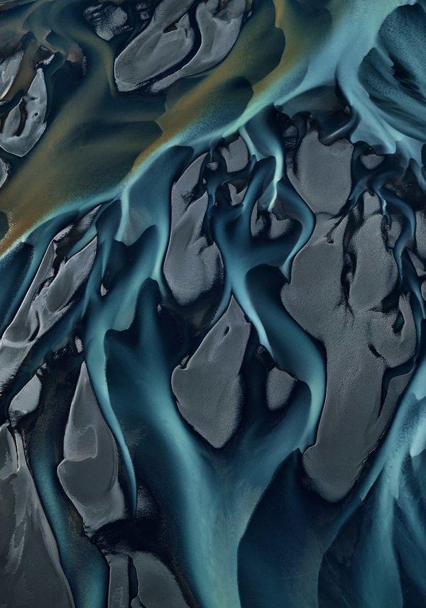 "An aerial photograph of the Thjorsá River in Iceland. <br> <br> Photo: <i><a href=""http://www.edwardburtynsky.com"" target=""_b"
