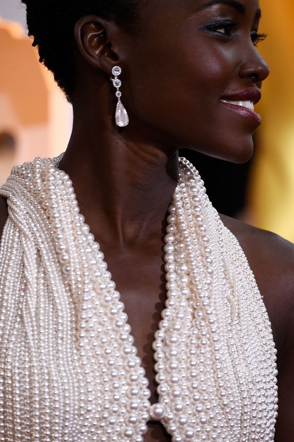 Lupita Nyong'o's teardrop earrings were gorgeous, but considering she was wearing a dress made entirely out of pearls (over 6