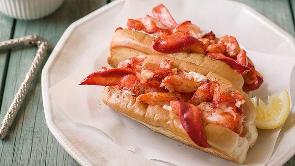 fancy lobster roll - 949×534