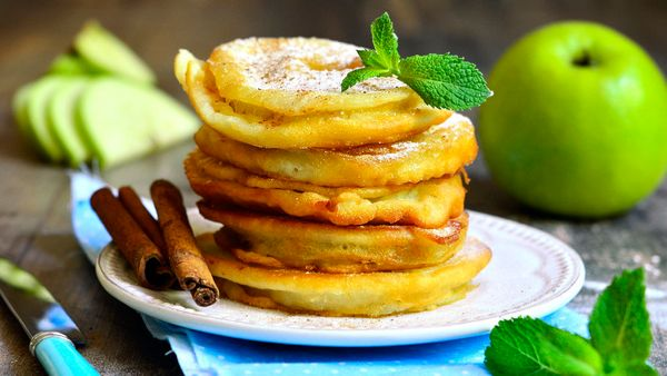 Thin slices of fruit dipped into pancake batter and pan-fried is a fun way to reverse the usual fruit-with-pancakes. In fact,