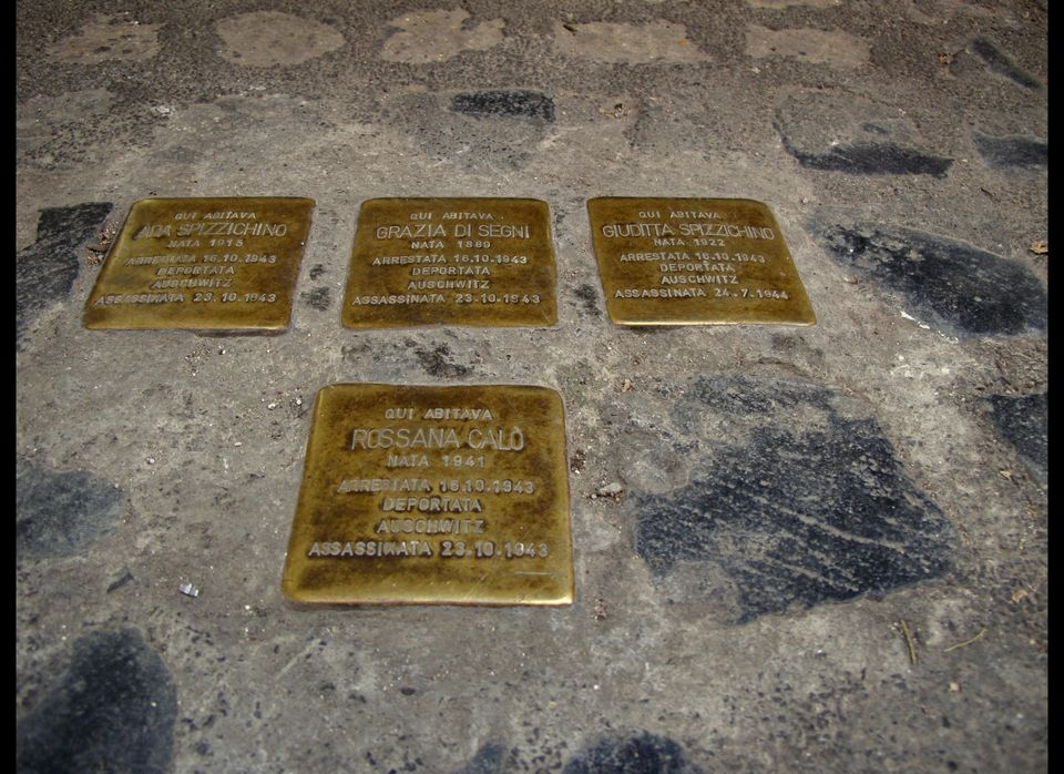 An example of stolpersteine on the streets of Rome.