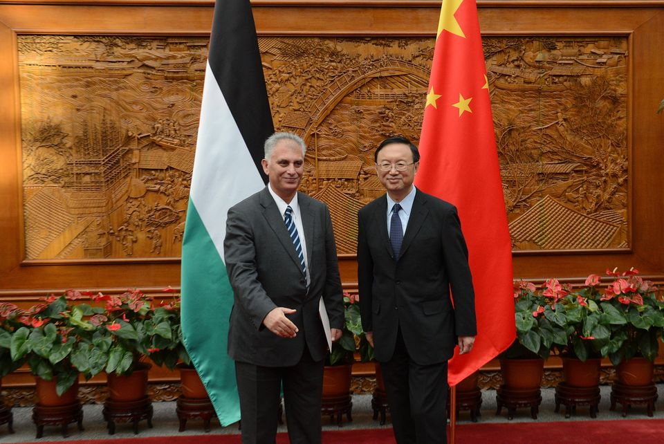 China's foreign minister reaffirmed support for Palestinian aspirations at the U.N. during a meeting last Friday with a Pales