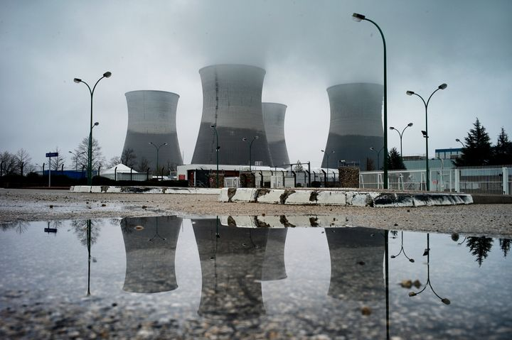 Picture of Bugey's nuclear plant taken on March 30, 2013 in Saint Vulbas. AFP PHOTO / JEFF PACHOUD        (Photo credit shoul