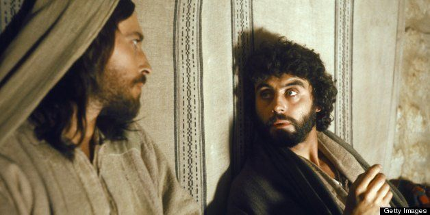 JESUS OF NAZARETH -- Pictured: (l-r) Robert Powell as Jesus, Ian McShane as Judas Iscariot -- Photo by: NBC/NBCU Photo Bank