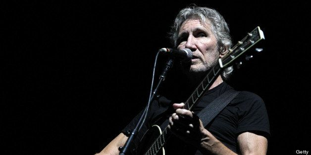 ARNHEM, NETHERLANDS - JULY 18:  Roger Waters performs at GelreDome on July 18, 2013 in Arnhem, Netherlands.  (Photo by Greets