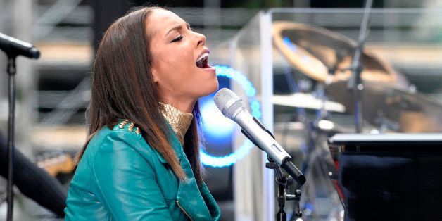 TODAY -- Airdate 11/24/2009 -- Pictured: Alicia Keys performs on NBC News' 'Today' show  (Photo by Peter Kramer/NBC/NBCU Phot