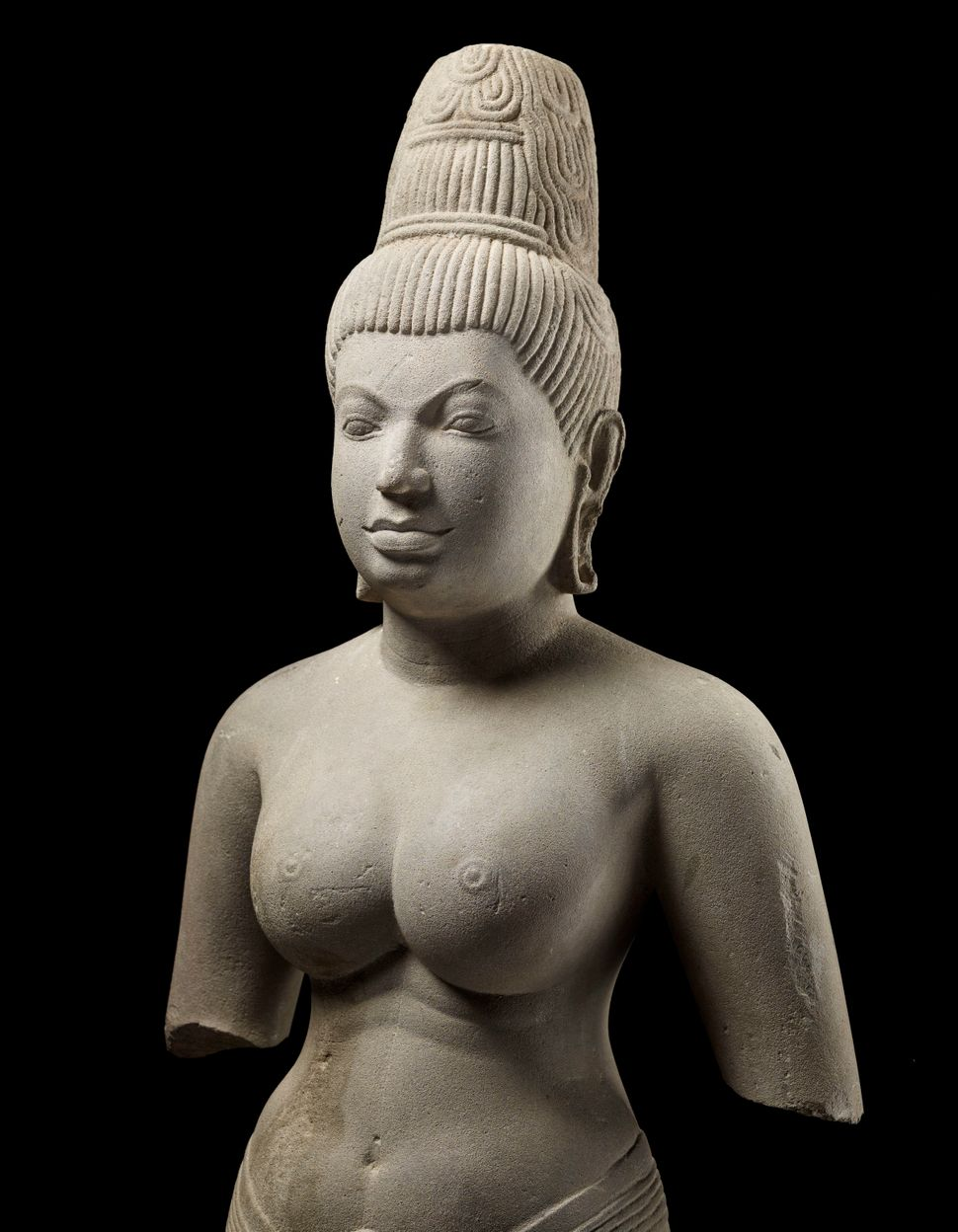 Devi, probably Uma, Sandstone, Lent by National Museum of Cambodia, Phnom Penh, Photo: Thierry Ollivier