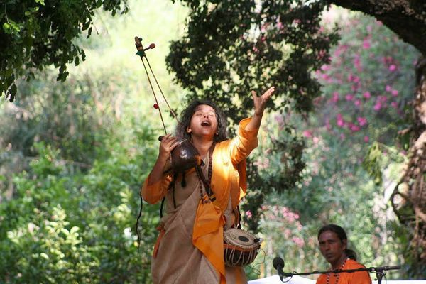 One of the highlights of the 2011 festival was an electrifying performance by Parvathy Baul. The Bauls of Bengal are India's