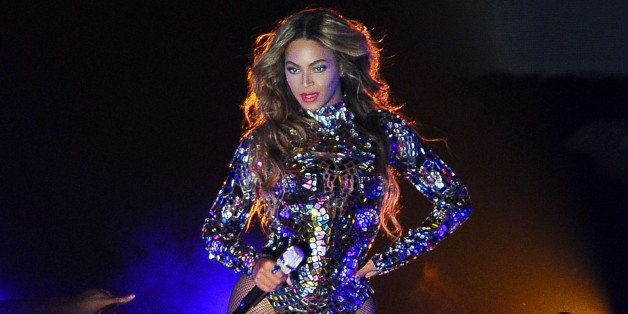 INGLEWOOD, CA - AUGUST 24:  Beyonce performs onstage at the 2014 MTV Video Music Awards at The Forum on August 24, 2014 in In