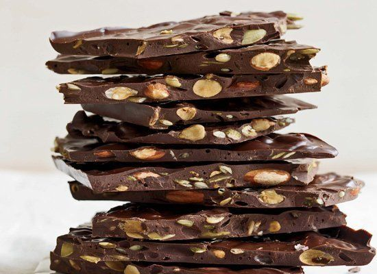 """<strong>Get the <a href=""""http://www.huffingtonpost.com/2011/10/27/dark-chocolate-bark-with-_n_1061059.html"""" target=""""_hplink"""">"""