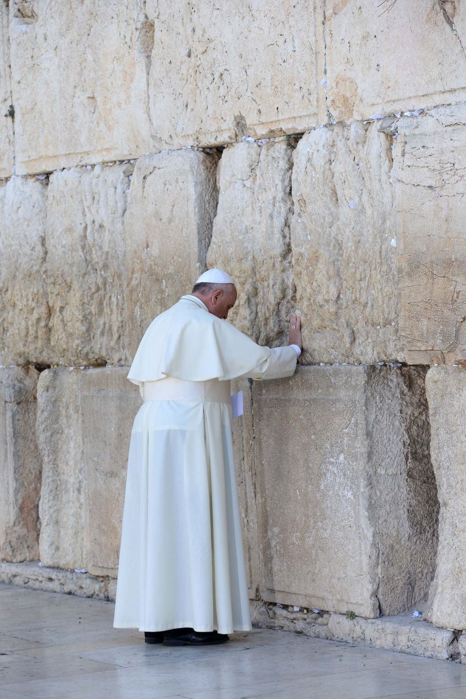 """""""May no one abuse the name of God through violence.""""  <a href=""""https://www.huffpost.com/entry/pope-francis-western-wall_n_539"""