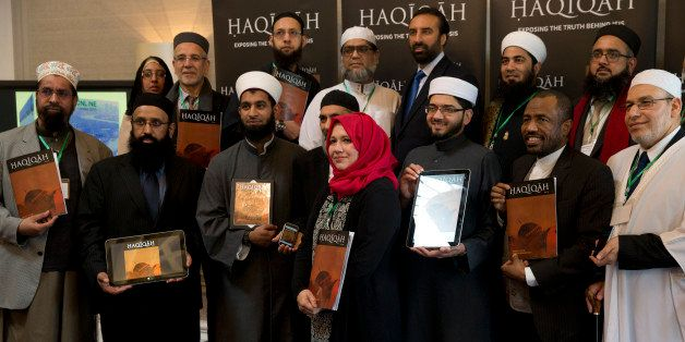 Leading Imams and scholars from Britain and Europe, from the  third left, Imam Asim Hussain, Sarah Warrick, Dr Qari Muhammad