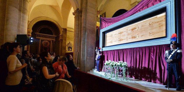 The Shroud Of Turin Goes On Display In Italian Cathedral | HuffPost