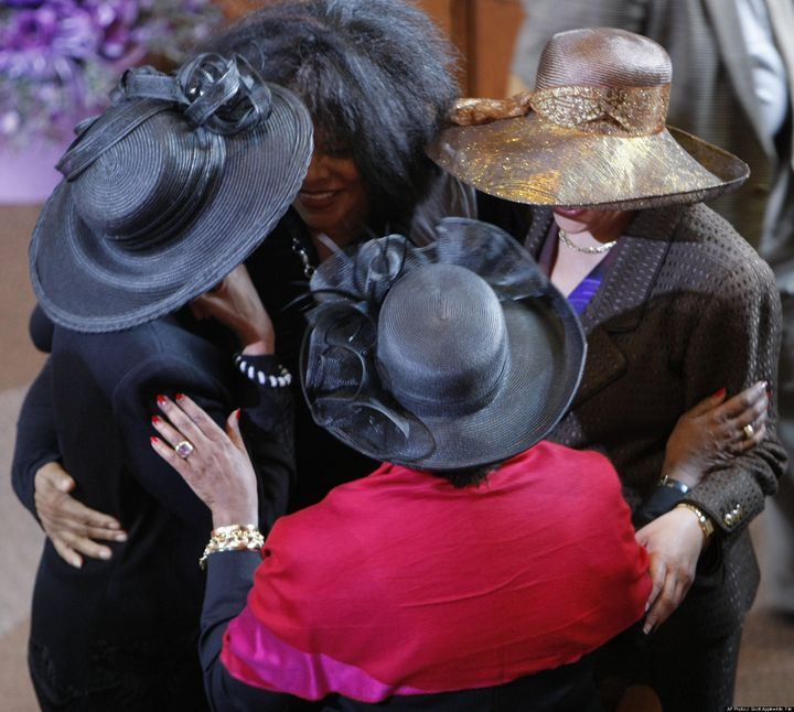 Ladies' Hats Make Comeback In Church Culture | HuffPost
