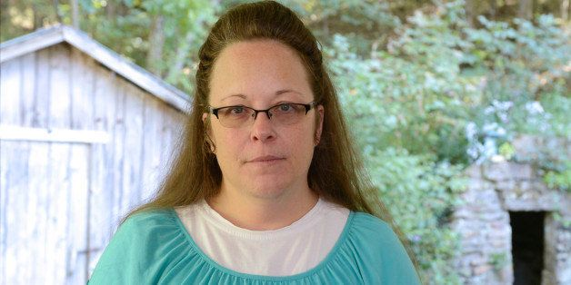 ABC NEWS - 9/21/15 - Paula Faris speaks to Kim Davis, the Kentucky court clerk who went to jail because she refused to issue