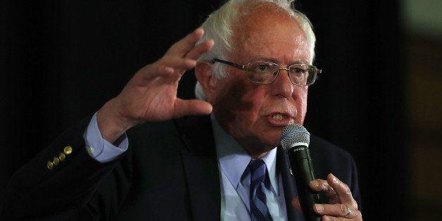 PALO ALTO, CA - JUNE 01:  Democratic presidential candidate, U.S. Sen. Bernie Sanders (D-VT) speaks during a panel with Asian