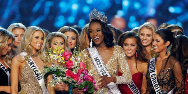 Deshauna Barber (C) of the District of Columbia celebrates with other contestants after being crowned Miss USA 2016 during th