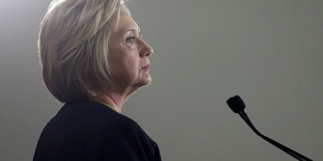 Democratic U.S. presidential candidate Hillary Clinton pauses as she speaks at a campaign rally in Cleveland, Ohio June 13, 2