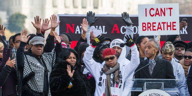 (L-R) Kadiatou Diallo, mother of Amadou Diallo; Sybrina Fulton, the mother of Trayvon Martin; Samaira Rice, the mother of Tam