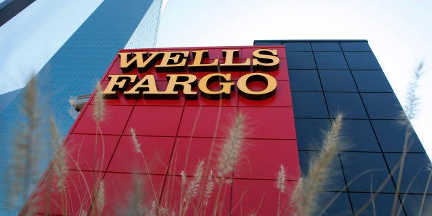 A Wells Fargo bank is pictured in Dallas, Texas October 9, 2008. Shares of Wachovia Corp slumped about 16 percent on concern